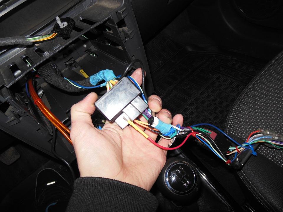 Автомагнитолы 24 вольта: обзор моделей