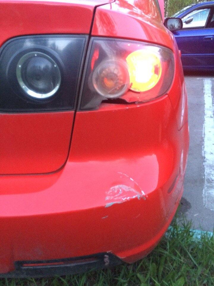 подкраска сколов на автомобиле mazda 3