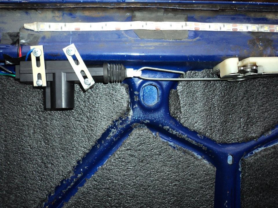 электрическая Схема подключения кнопки открывания багажника