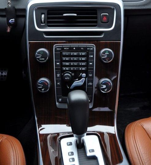 Used 2012 Volvo S60: Салон S60 немного фактов.