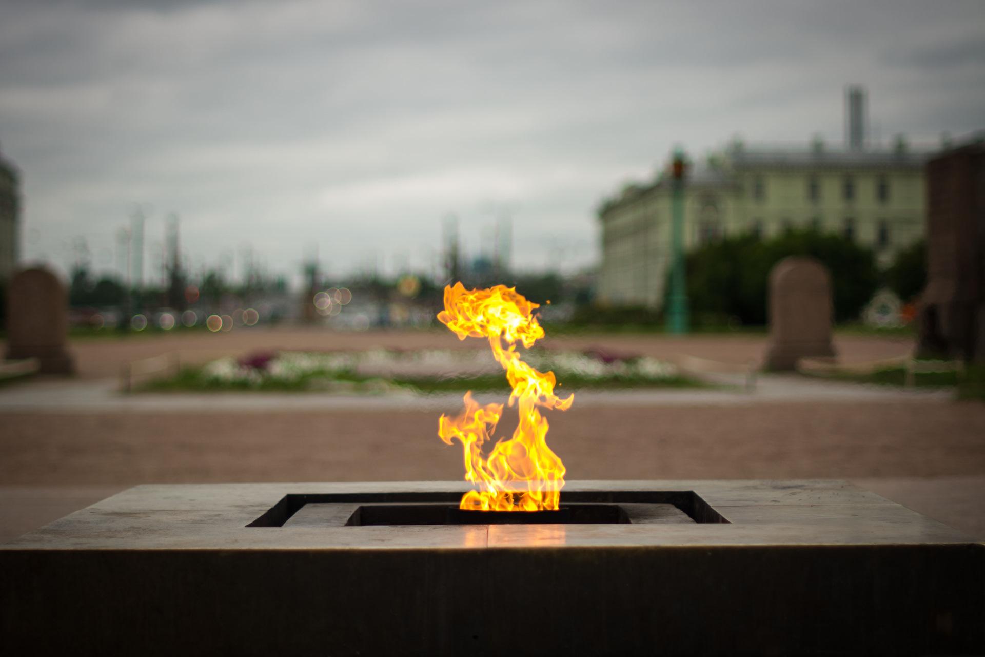Петербург университетская набережная фото выбрать один