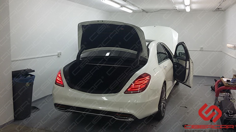 Mercedes-Benz S-klasse (W222).