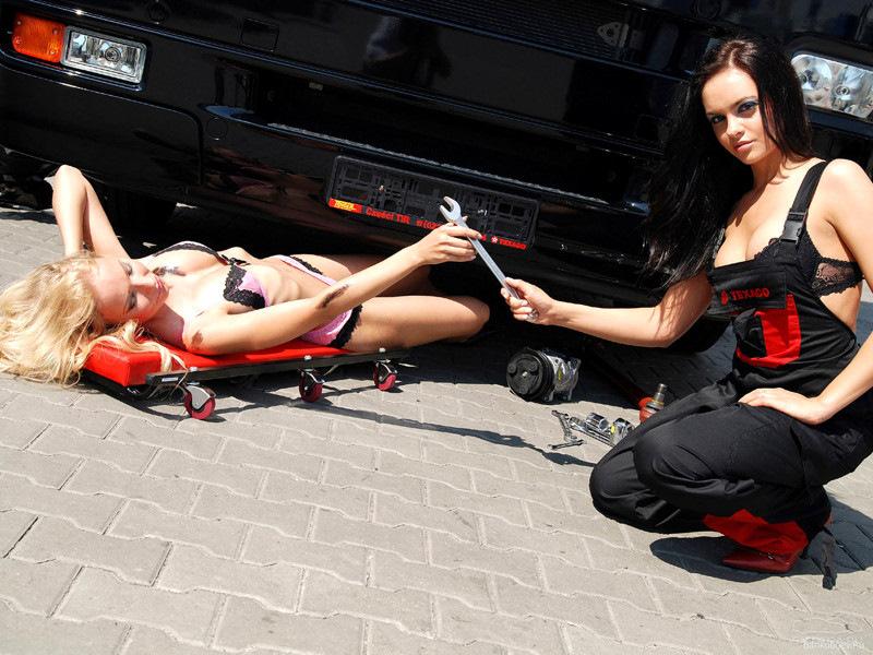 Сломалась машина секс