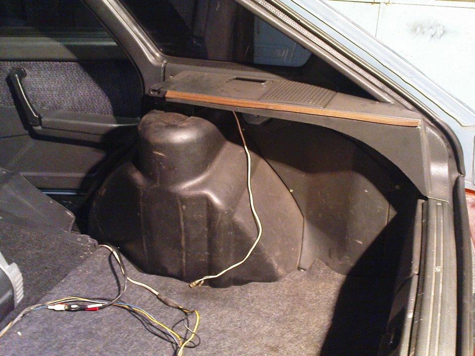 Как сделать багажник на ваз 2109 от кнопки 412