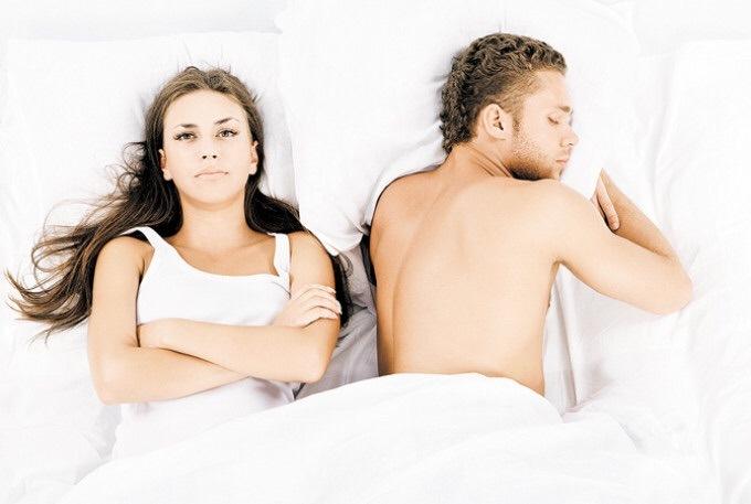 Девочки постель секс