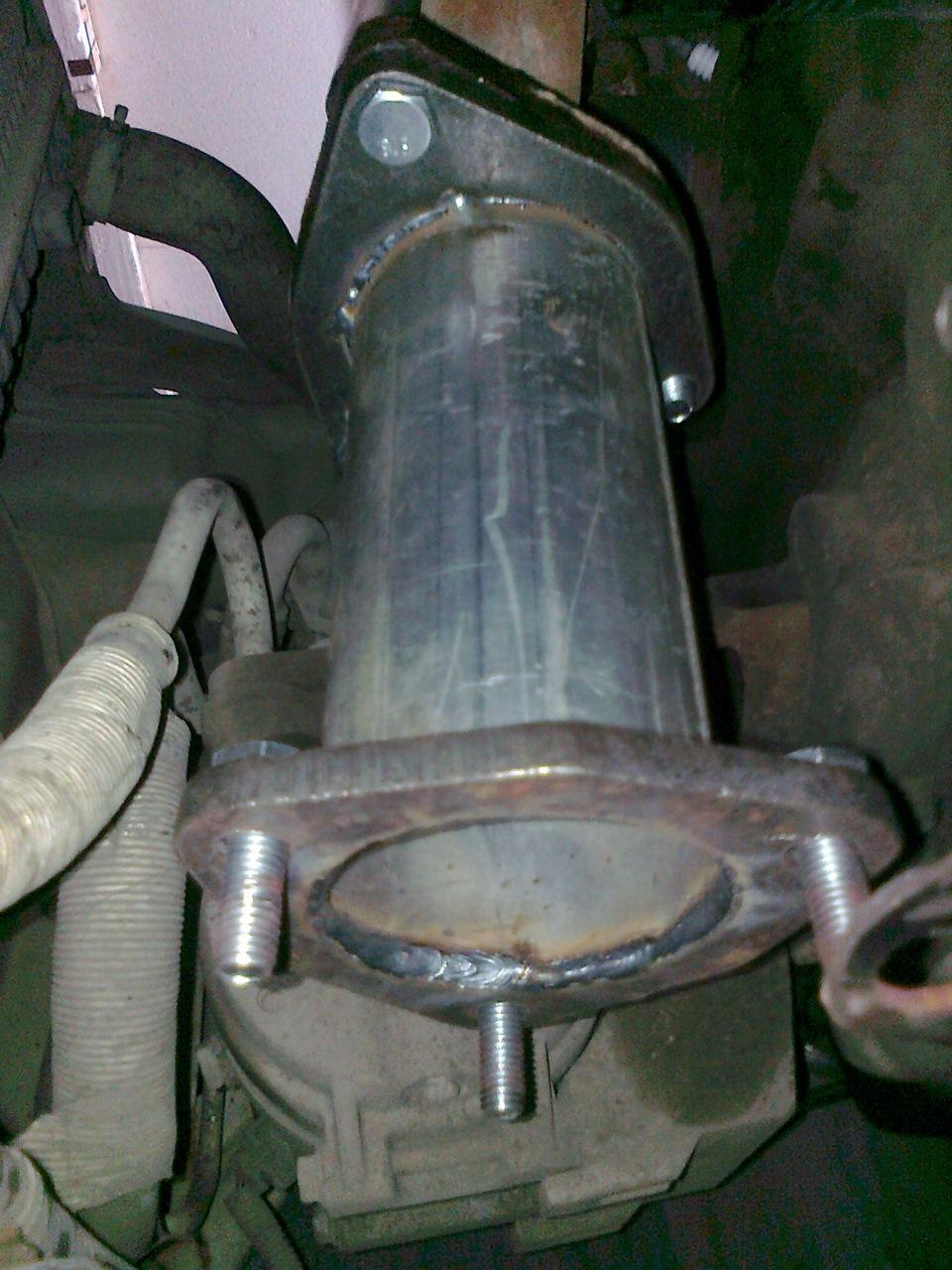 Замена гофры приемной трубы и проставка вместо катализатора - бортжурнал Chevrolet Aveo Sedan Стоковая старушка))) 2004 года на