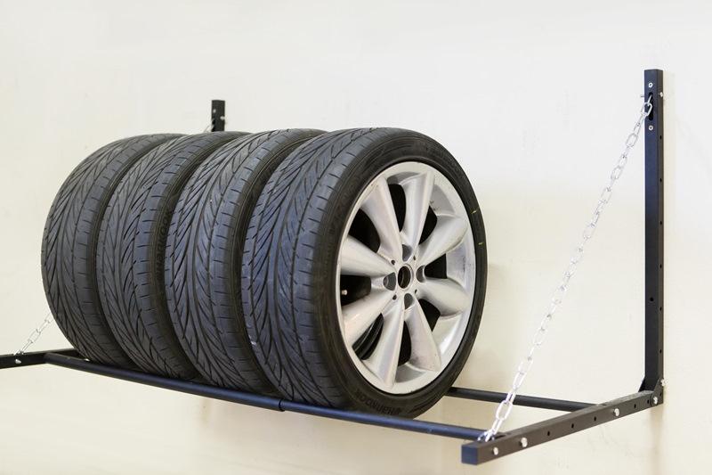 Полка для колес в гараже своими руками фото