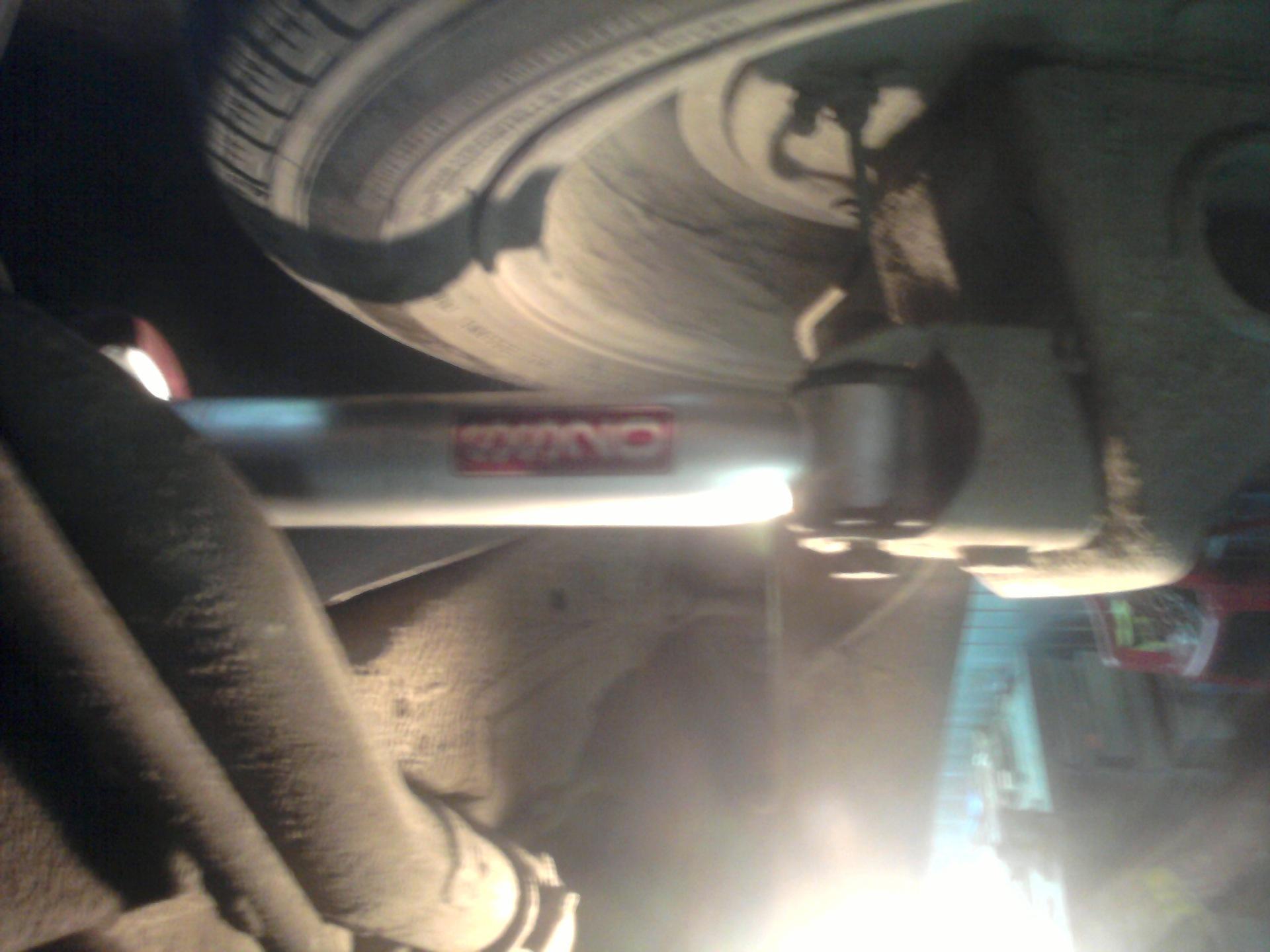Фото №5 - как проверить задние стойки ВАЗ 2110
