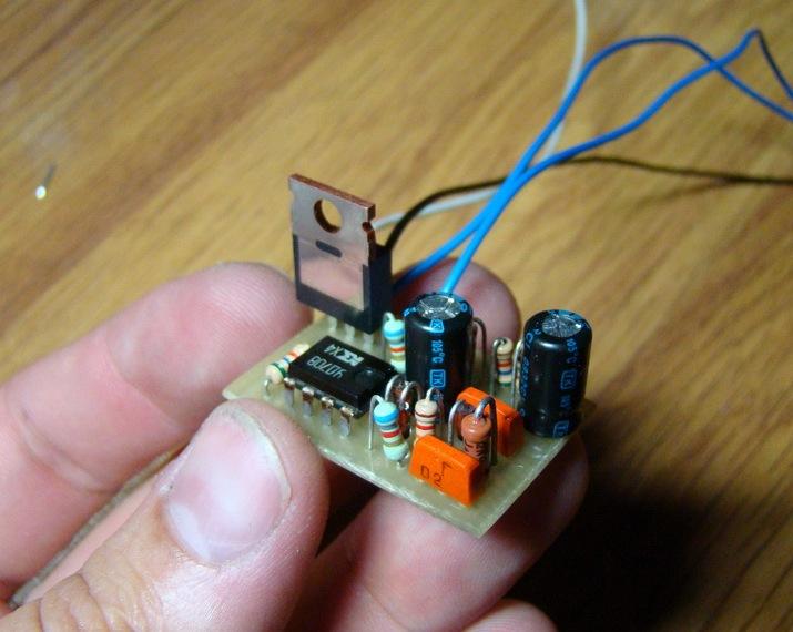 Схема-Электронное реле поворотов + печатная плата и ее изготовление своими руками.