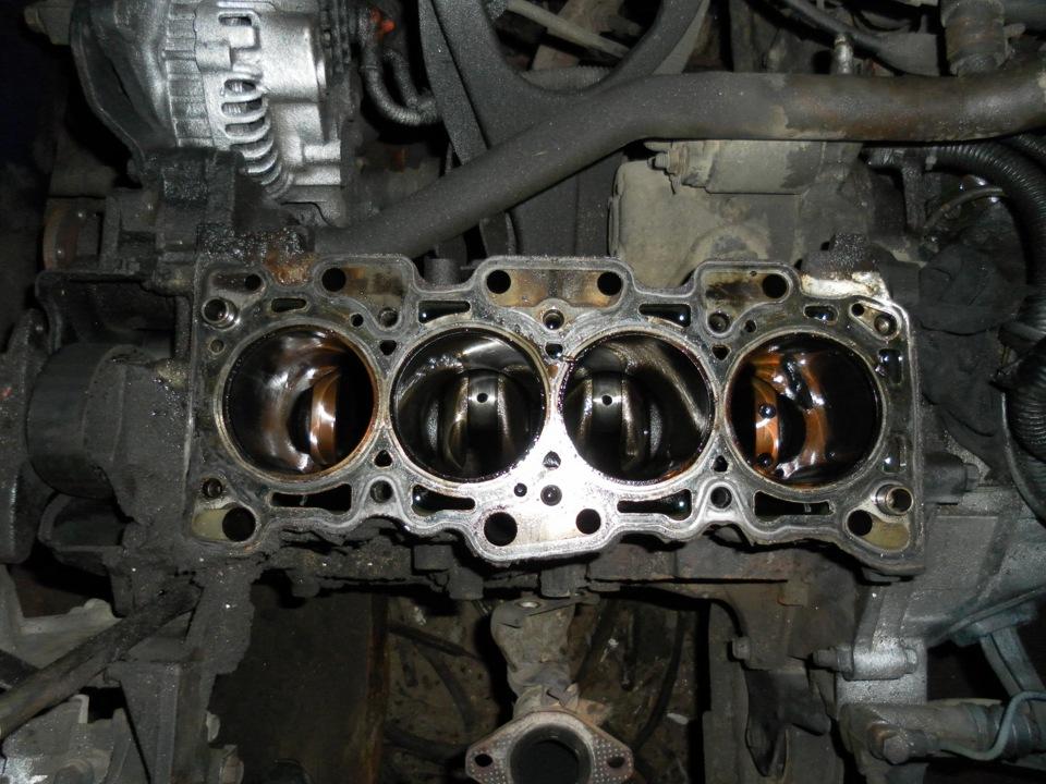 выставить трамблер на митсубиси двигатель 4g13