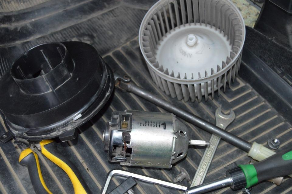 мотор вентилятора отопителя nissan-xtrail