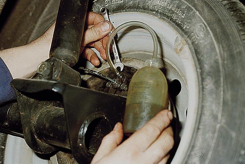 Замена заднего тормозного цилиндра форд куга