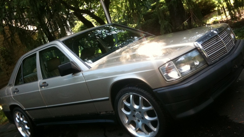 Mercedes benz 190 w201 baby benz amg package drive2 for Baby mercedes benz