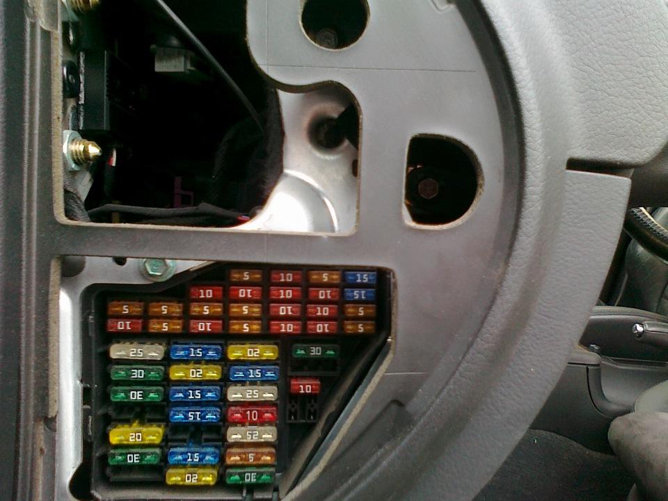 audi a6 переодически не работает поворотник