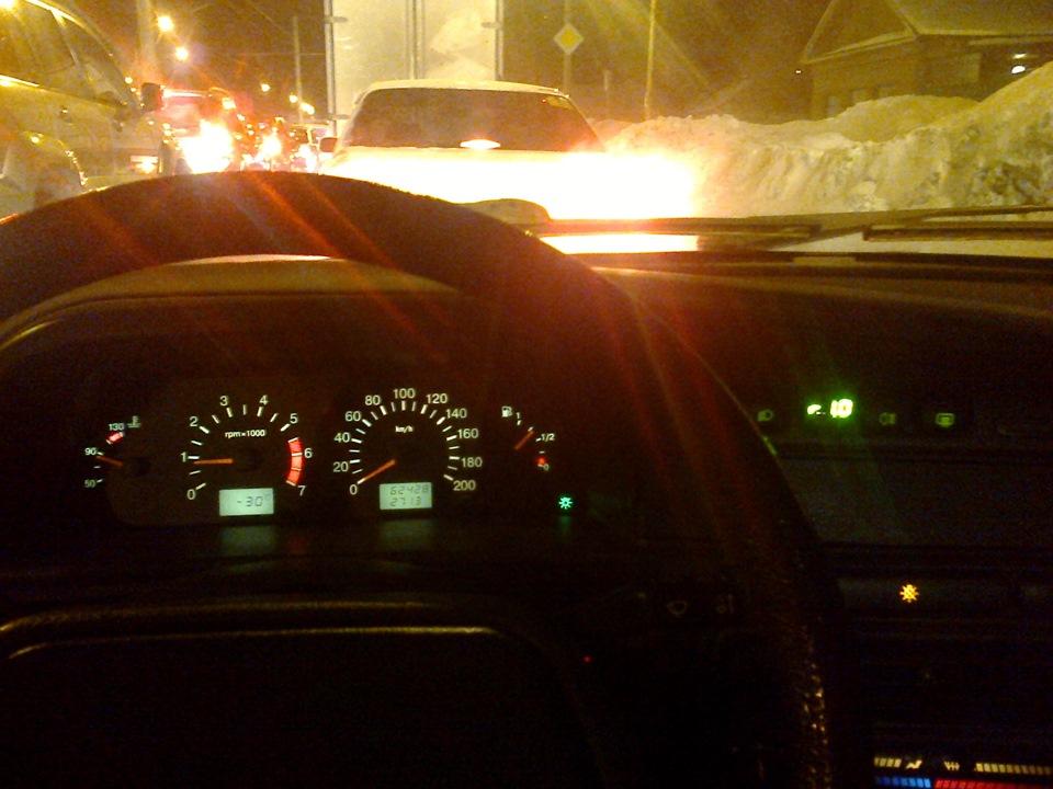 является светолюбивым фото в машине лады ночью очень