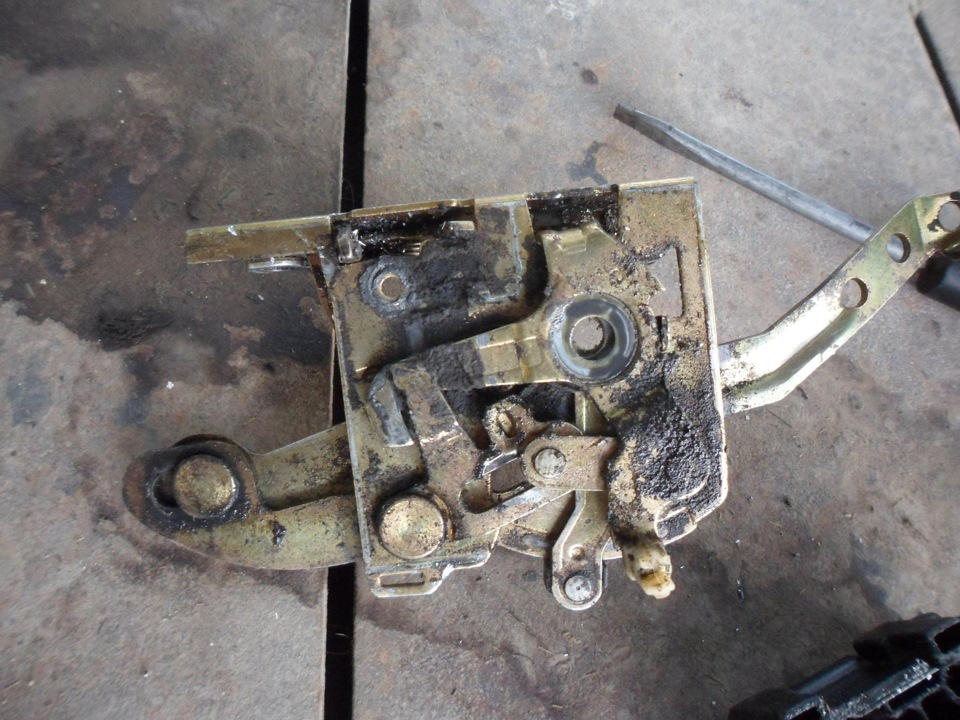 не работает замок пассажирской двери фиат темпра