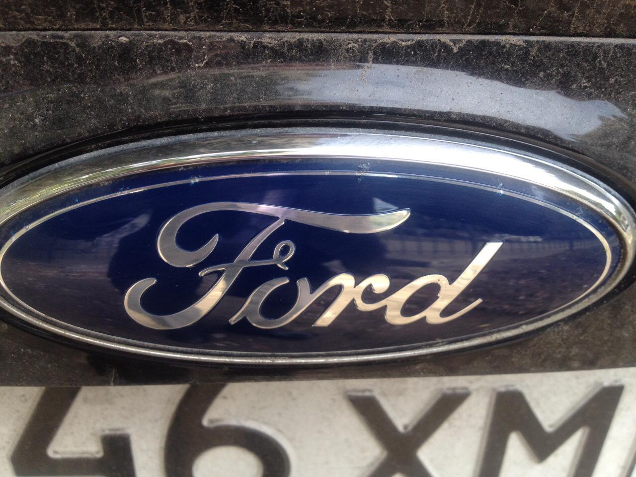 как поменять логотип ford на красивый