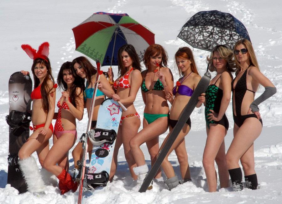зима, горы, девушки, голые, карпаты, лыжницы, сноубордистки