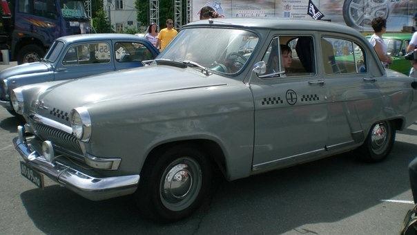 фото такси газ-21