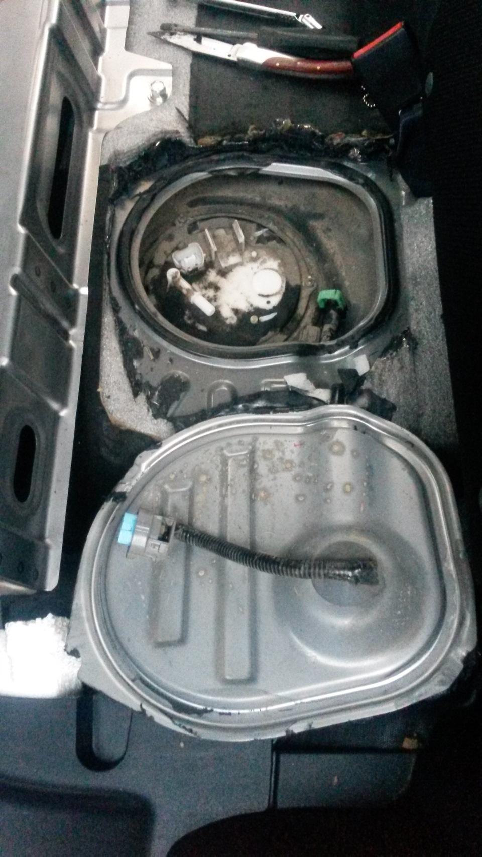 Замена аккумуляторной батареи т4