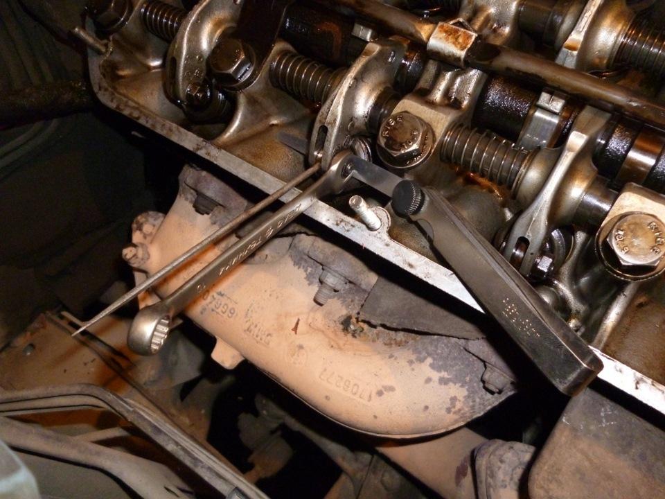 2 проверьте тепловые зазоры клапанов первого цилиндра