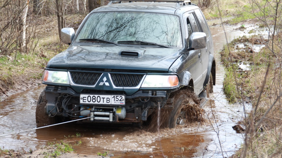 Mitsubishi pajero sport маленький танк
