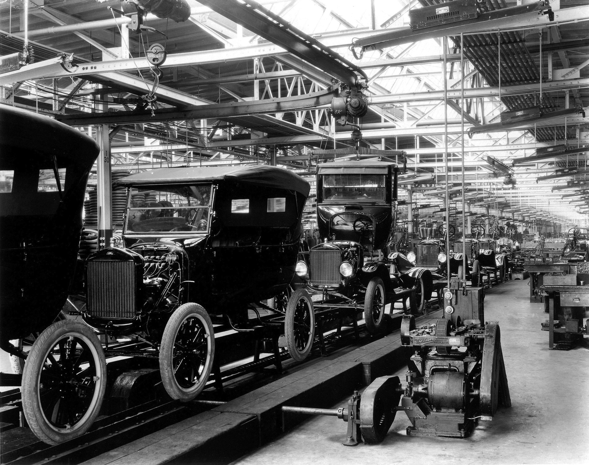 ford and the world automobile industry in 2009 Read chapter 5 impacts on the automotive industry: the german automobile industry has agreed to a 25 percent increase in the world automotive industry.
