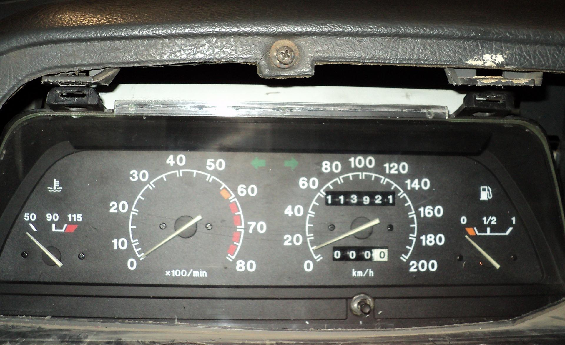 Фото №28 - приборная панель ВАЗ 2110