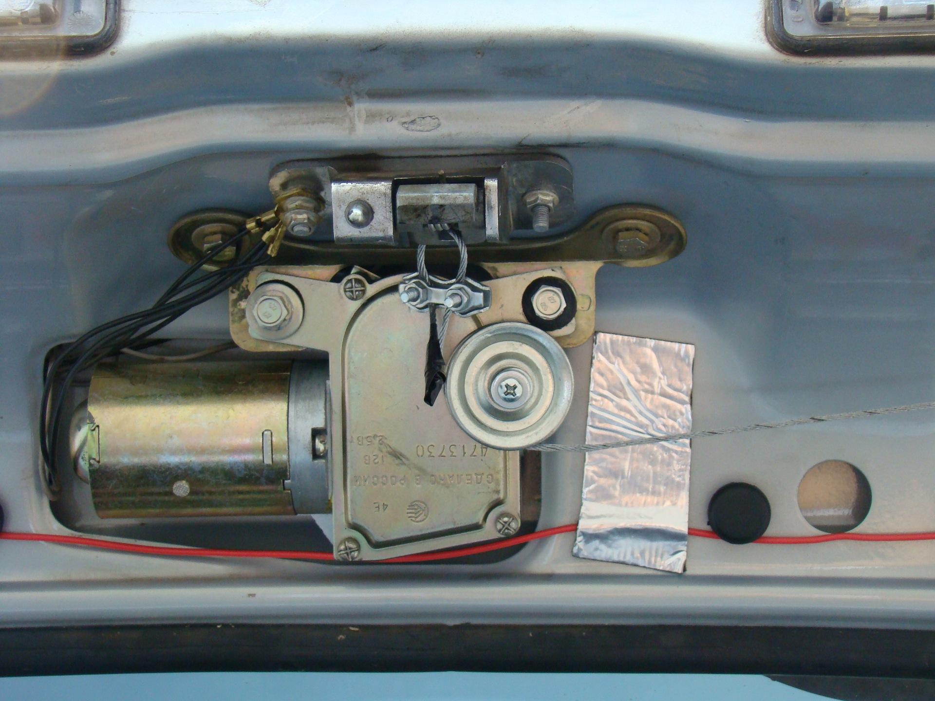 Автоматическое открывание двери автобуса