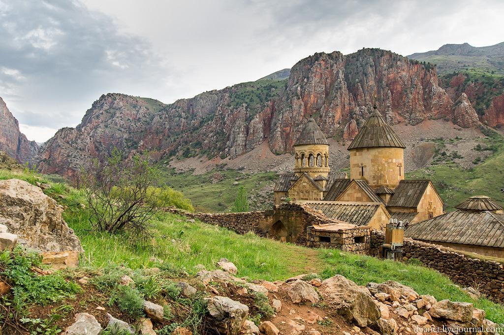 картинки красивые армения она легко проскальзывает