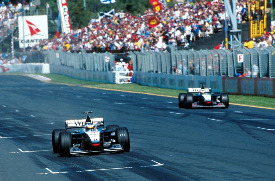 Мика Хаккинен и Дэвид Култхард доминируют на Гран При Австралии '98