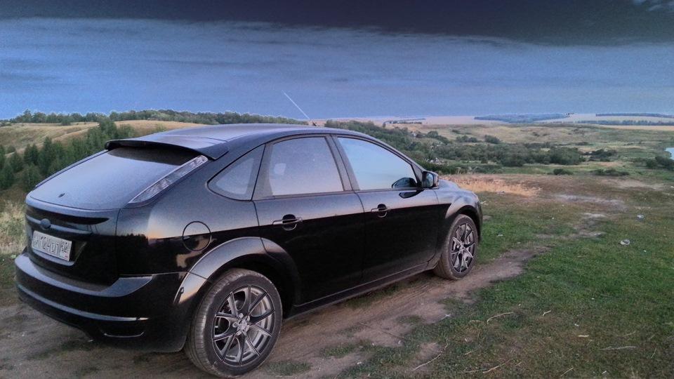 картинка форд фокус хэтчбек черный ней