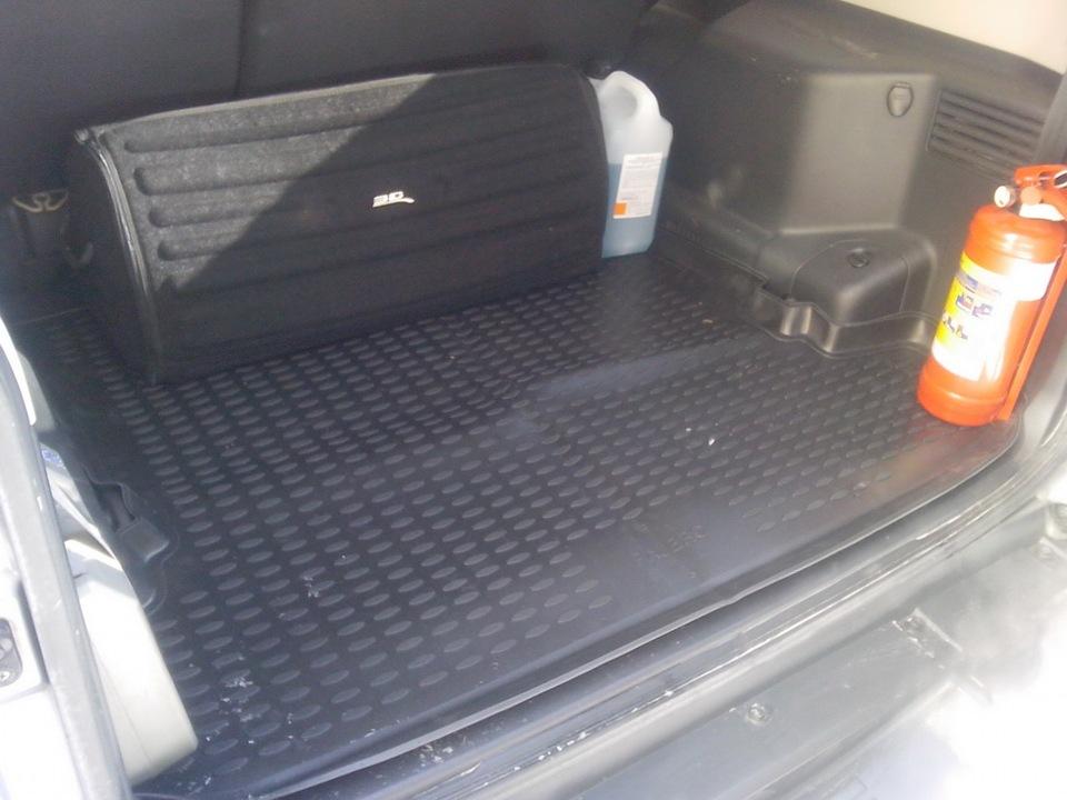Митсубиси Паджеро 3 багажник