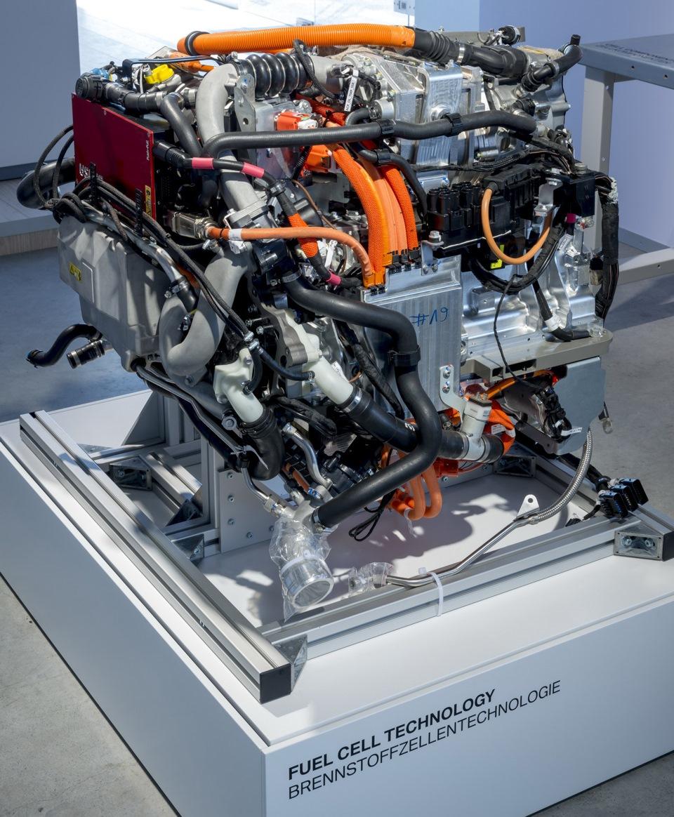 Фото автомобиля с водородным двигателем