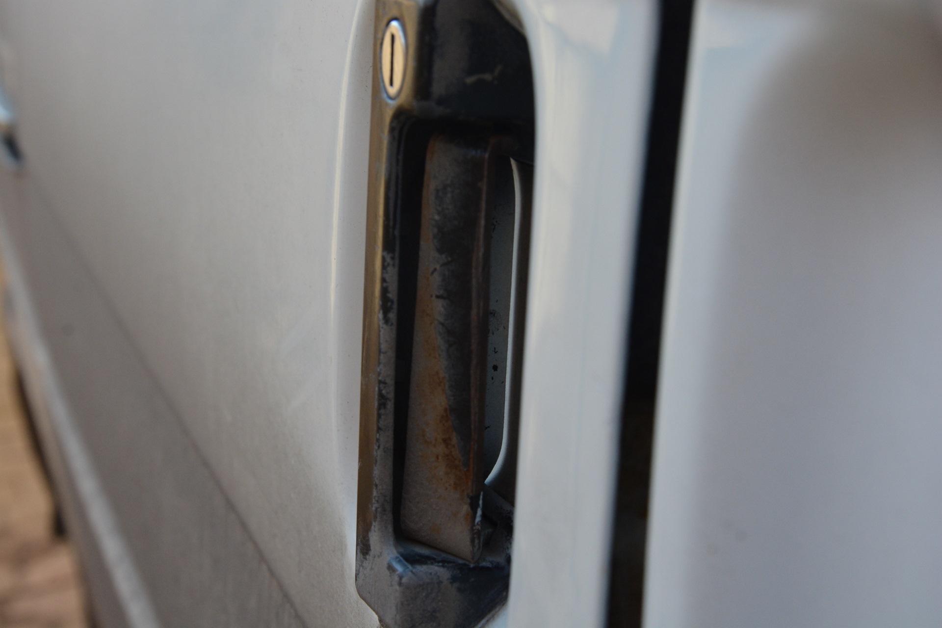 Ручка сдвижной двери для фольксваген транспортер т4 фольксваген транспортер бронированный