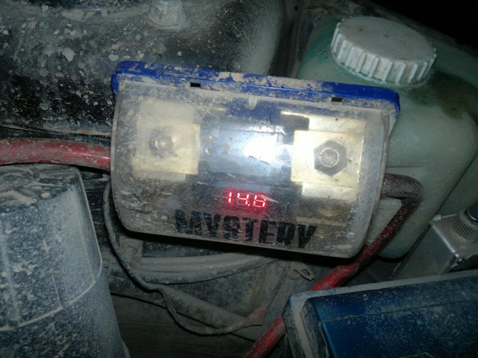 Фото №12 - установка трехуровневого регулятора напряжения на ВАЗ 2110
