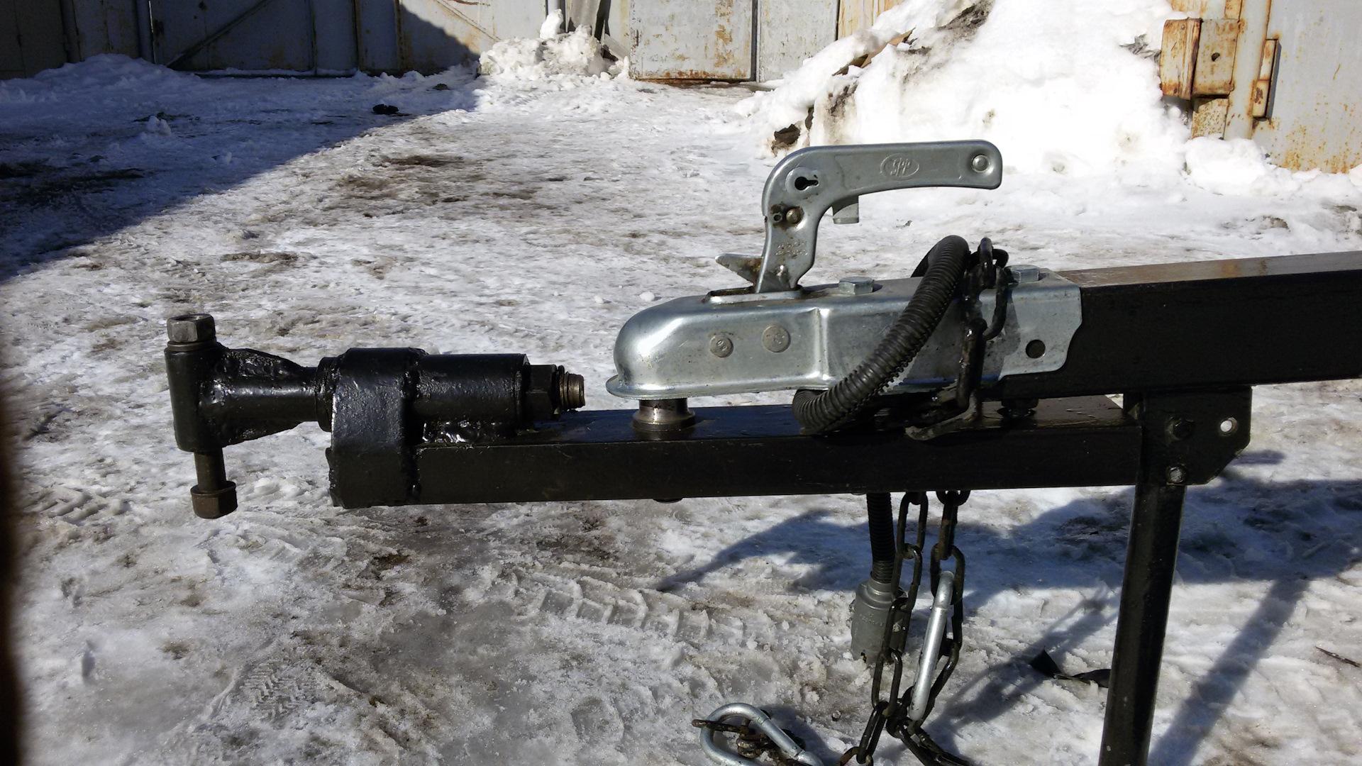 зоне конфликта фотогалерея прицепного устройства к трактору бывший лидер