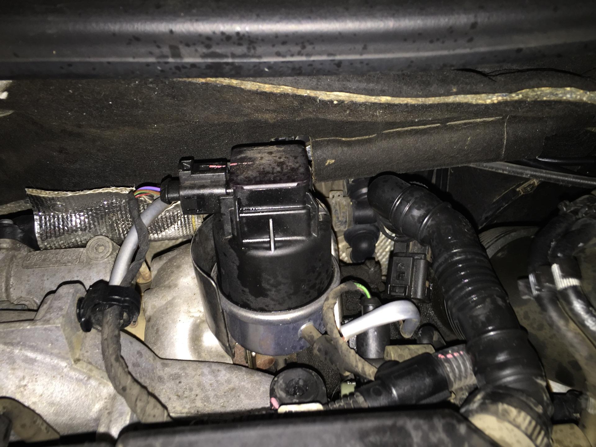 Для тех, кто хочет помыть двигатель — Volkswagen Jetta, 1 9