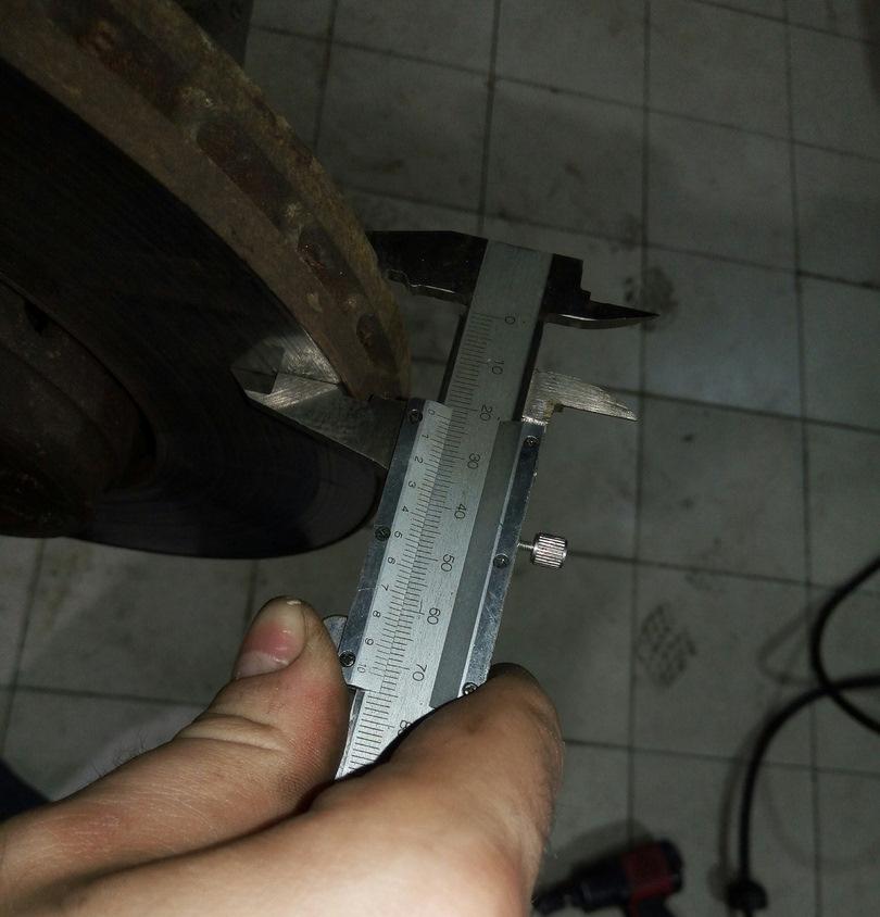 Рено дастер передние тормозные суппорта