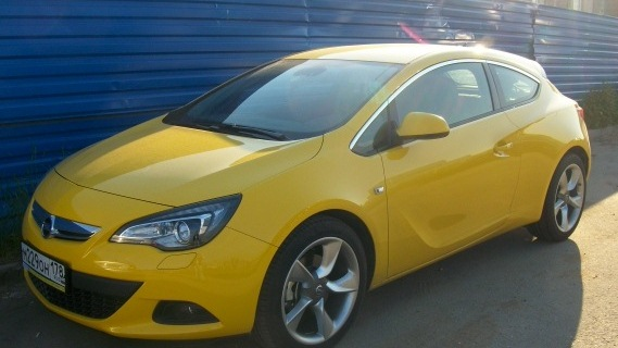 opel astra gtc sunny melon 1 4t drive2. Black Bedroom Furniture Sets. Home Design Ideas