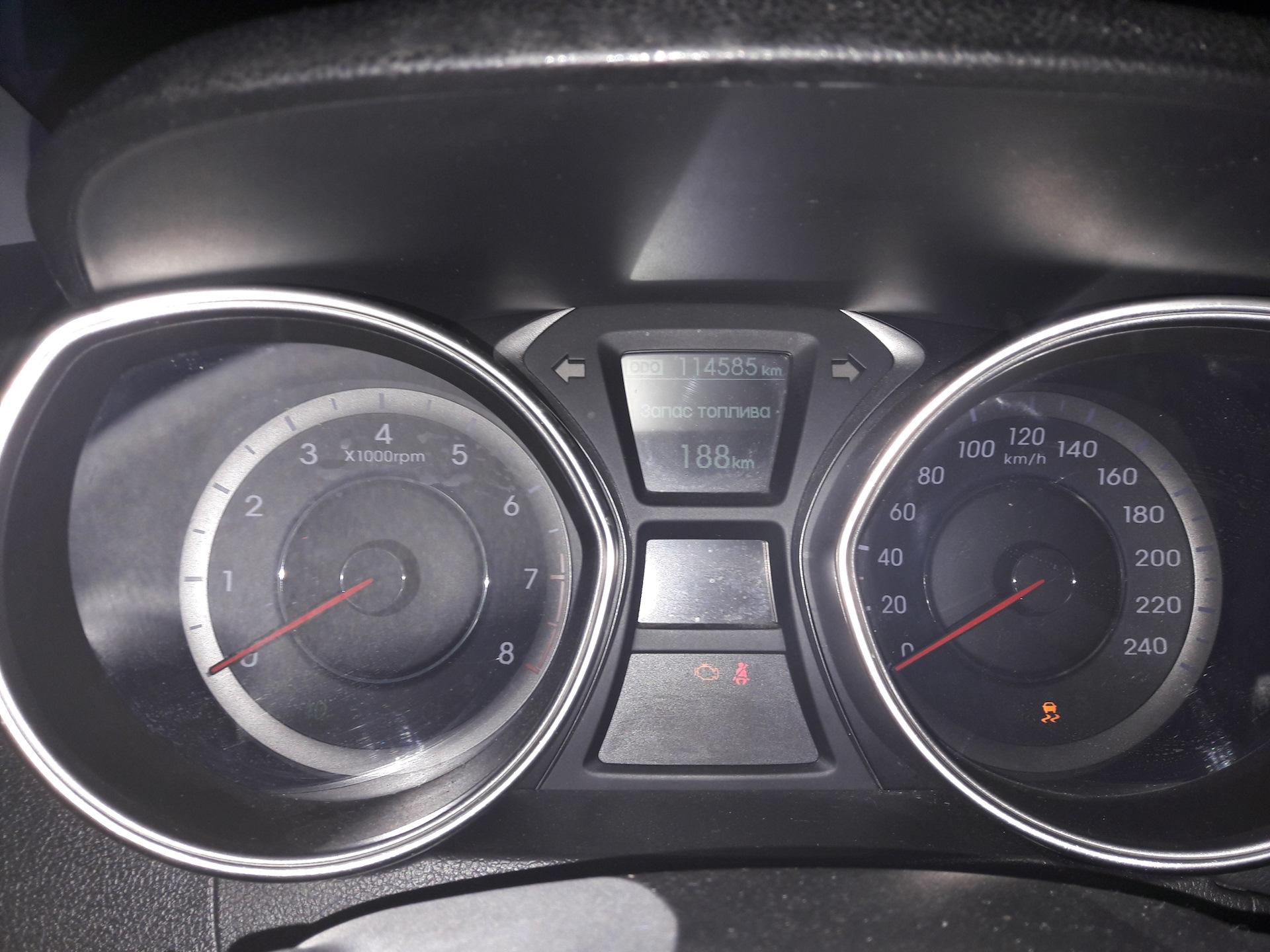 hyundai elantra загорелся чек двигателя