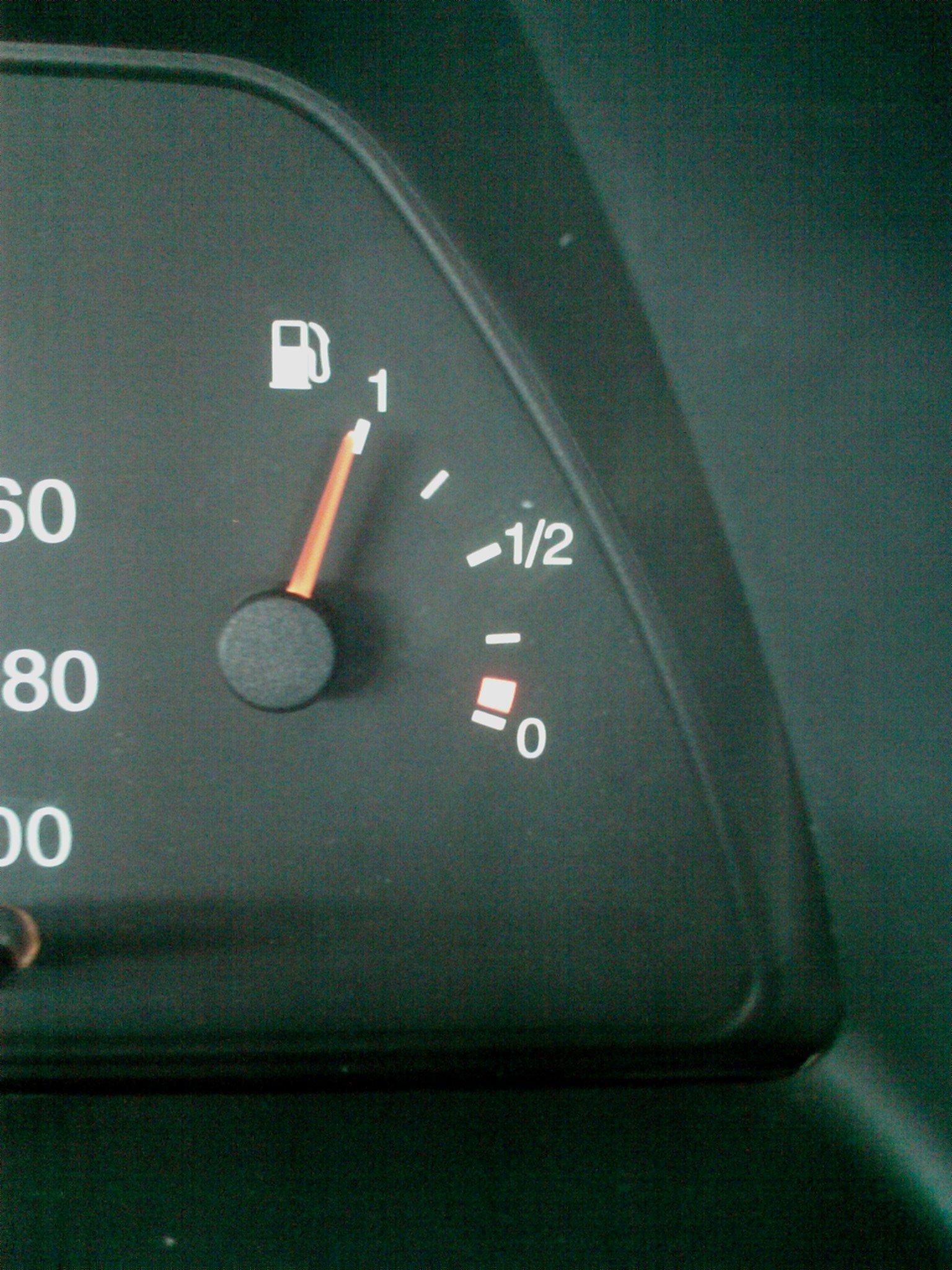 Фото №13 - ВАЗ 2110 неправильно показывает уровень топлива