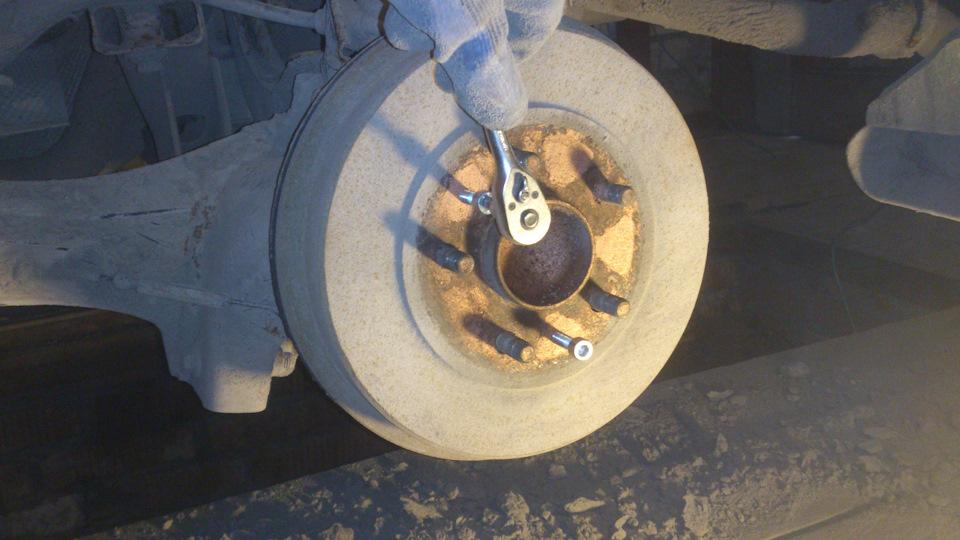 замена задних колодок на форд фокус 2 барабаны времена Античности древние