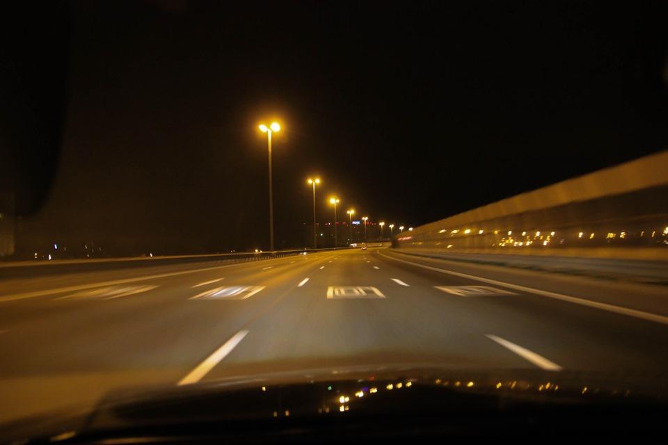 фото с машины на дорогу ночью