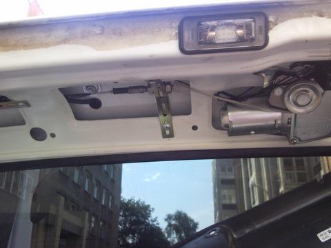 Электропривод багажника + схема подключения зеркал с обогревом.