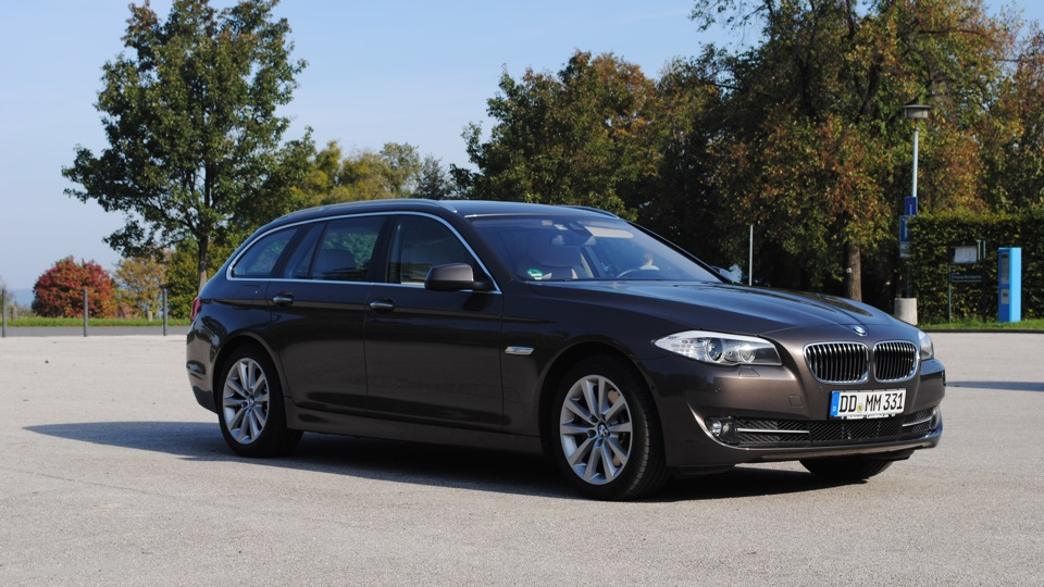 bmw 5 series touring 530d xdrive drive2. Black Bedroom Furniture Sets. Home Design Ideas