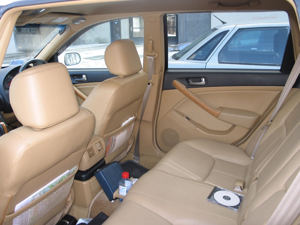 Interior photos — logbook Nissan Stagea 2001 on DRIVE2