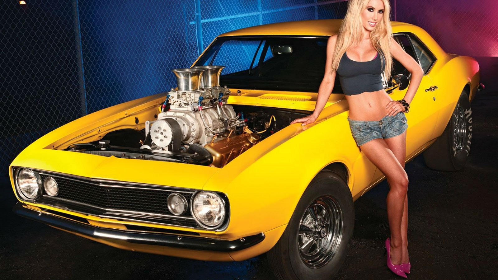 hot-girls-and-muscle-cars-wet-hot-naked-asian-girls