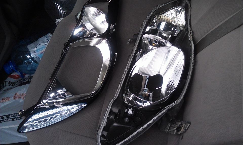стекло фары honda civic 4d