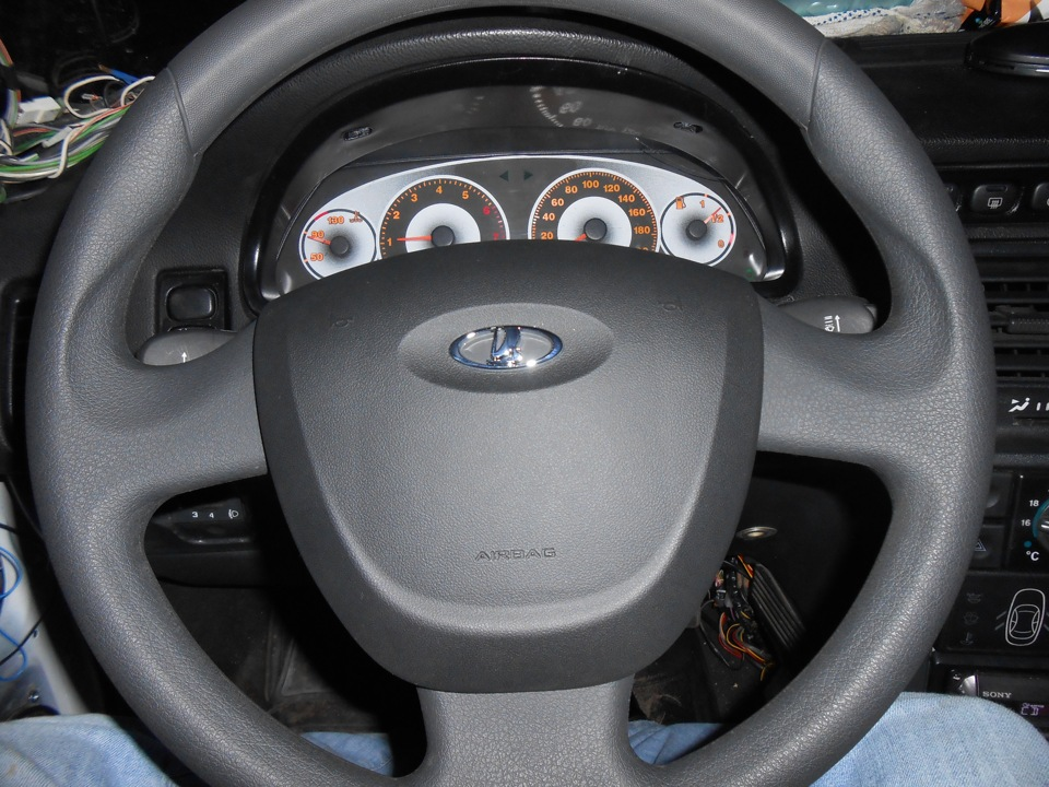 Фото №13 - руль на ВАЗ 2110